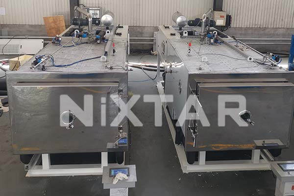 LYO10 Pharmaceutical Freeze Dryer Front View