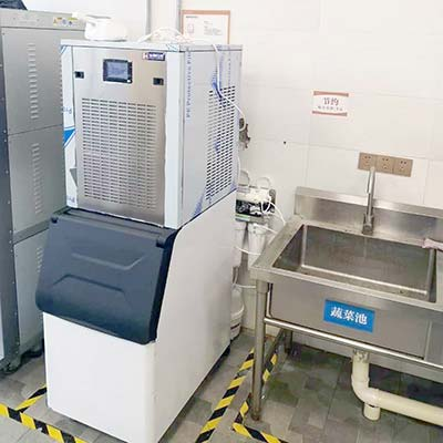 XD-200 200Kgs Commercial Flake Ice Machine With Ice Bin