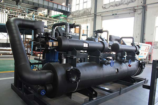 Industrial Water Chiller With Screw Compressor Backview